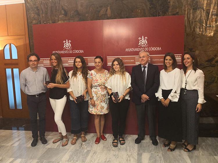 """Las alumnas Zalima ganadoras de """"Mi ciudad es patrimonio de todos"""" recogen premio UNESCO"""