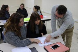 Zalima prepara para la certificación de Idiomas Cambridge