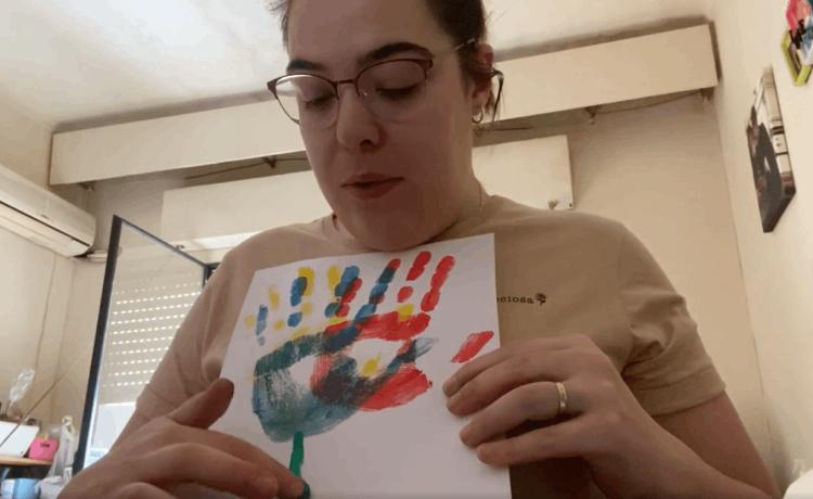 Cómo hacer un ramo de flores con las manos