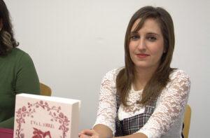 """Eva Luque, alumna de Administración y Finanzas: """"Escribir puede llegar a ser apasionante"""""""