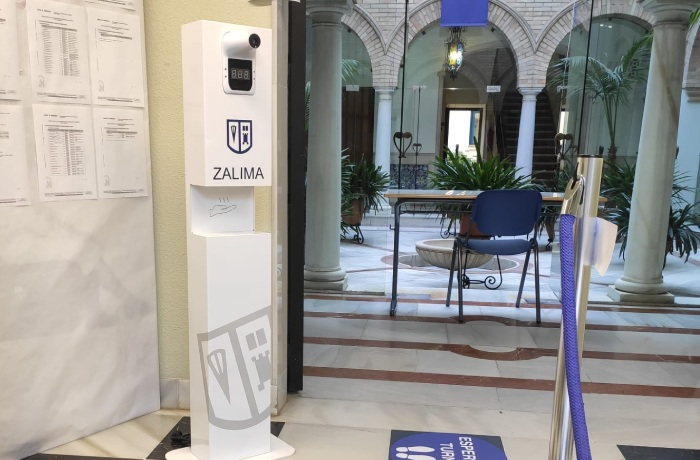 EOS Ibérica dona a Zalima un terminal de temperatura y desinfección de manos
